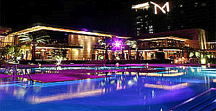 M-Resort-Pool